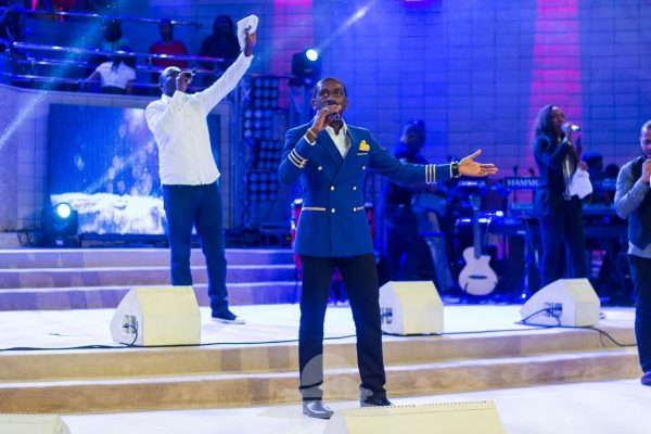 'I can only imagine' performed by Uche Double-Double