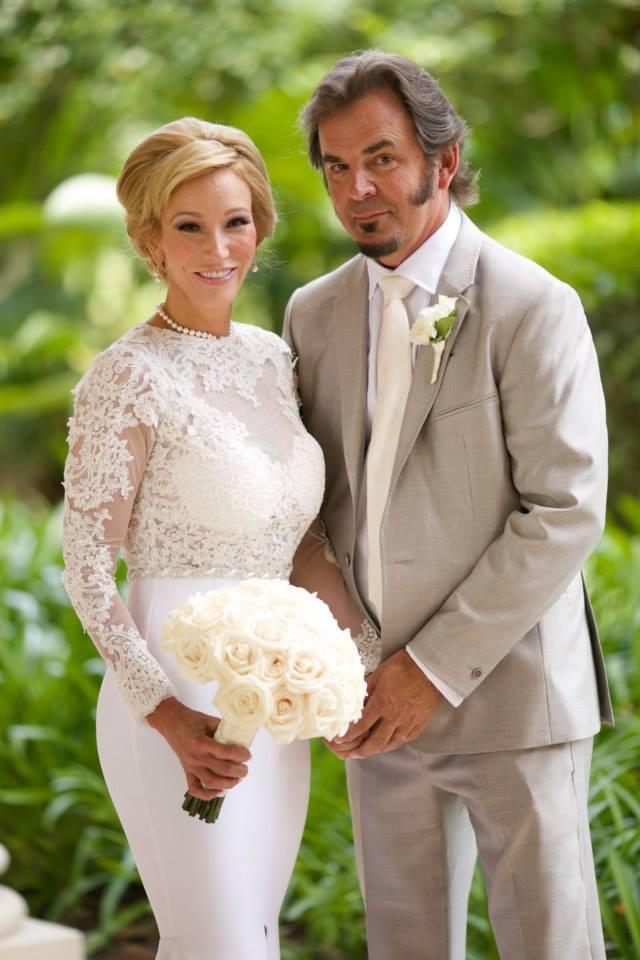 PHOTO SPEAKS: International Pastor, Paula White Marries