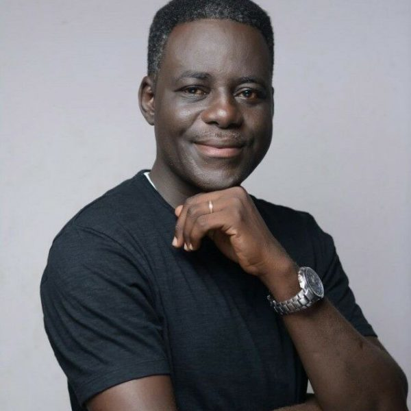 Rev Wale Akinronbi